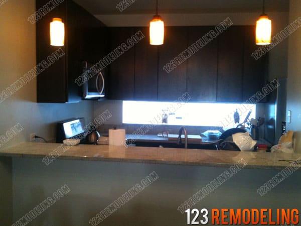 Harwood Heights Modern Kitchen