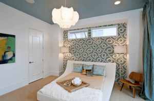 basment guest bedroom