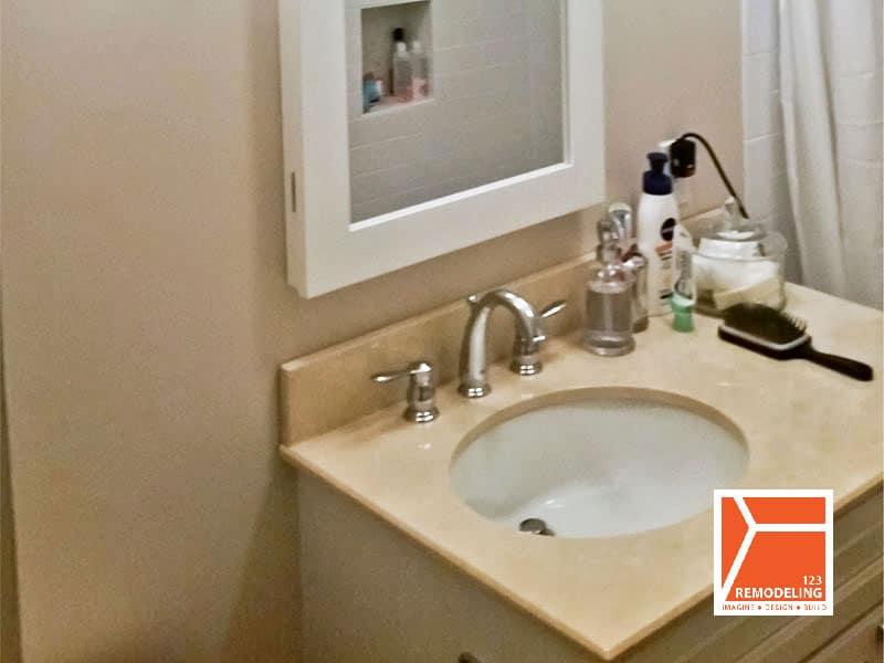 Contemporary bathroom remodel at 40 E. Cedar St in Gold Coast