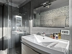 glass time-bathroom