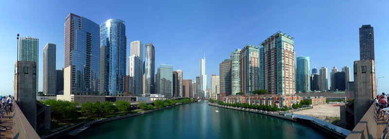 "The Chicago River, just south is ""Lakeshore East"" area and due north includes ""Streeterville, River North and Gold Coast"" areas."