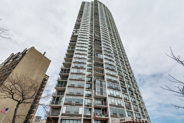 East Point Condominium Remodeling Project- 6101 N Sheridan Ave, Chicago, IL (Edgewater)