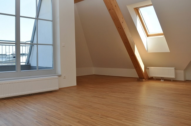 laminate flooring secondary image