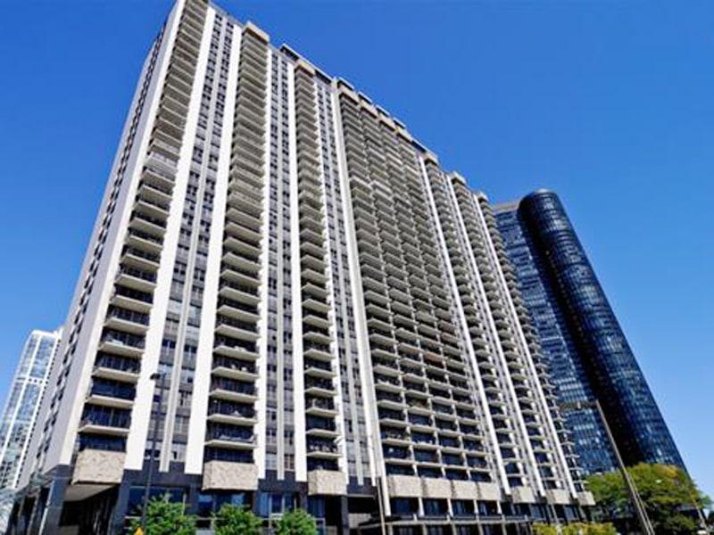 400 E Randolph St Chicago