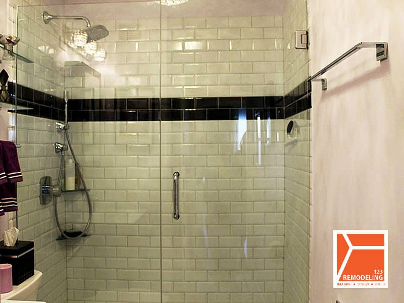After Condo Guest Bathroom Renovation - 3150 N. Lake Shore Dr, Chicago, IL (Lake View)