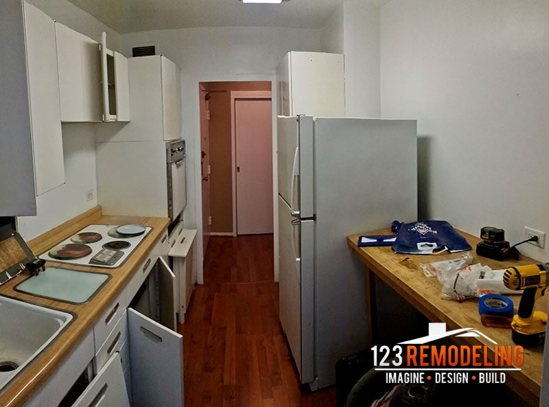Before Condo Kitchen Remodel - 3900 N Lake Shore Dr, Chicago, IL (Lakeview)