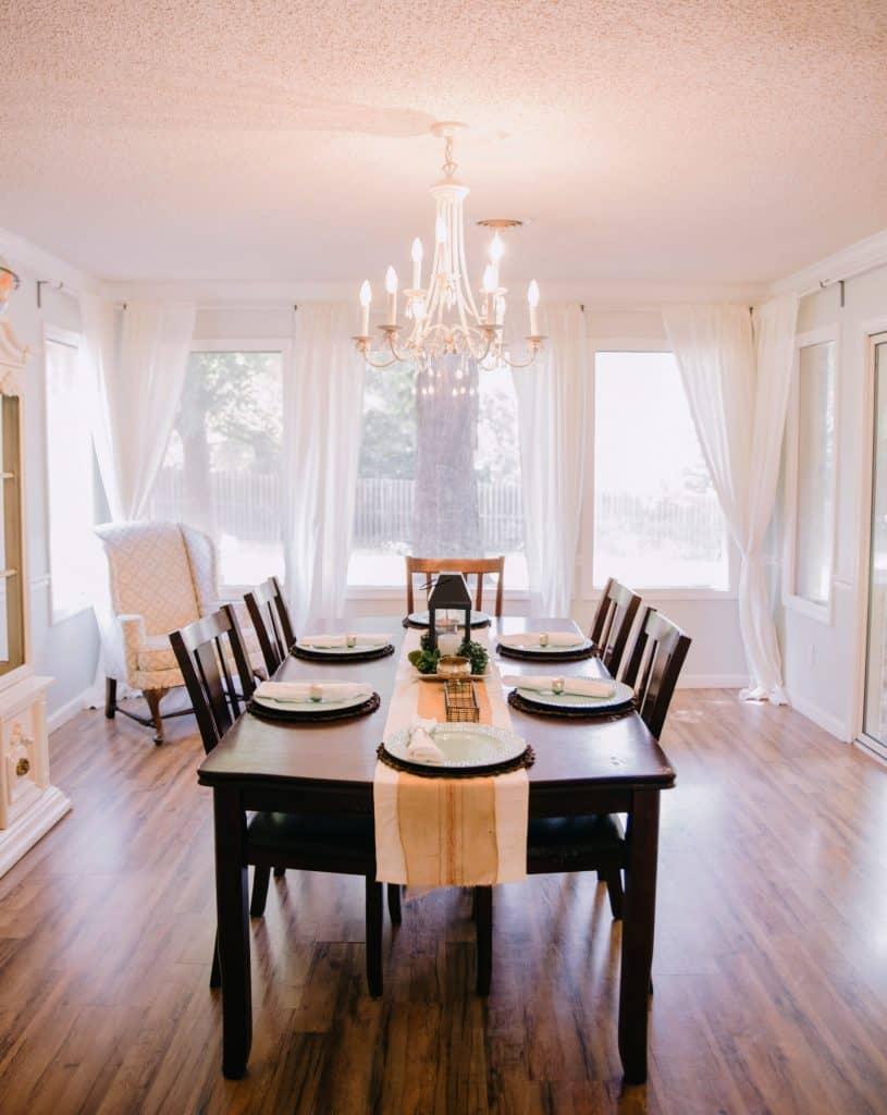 luxury lamp in dining room