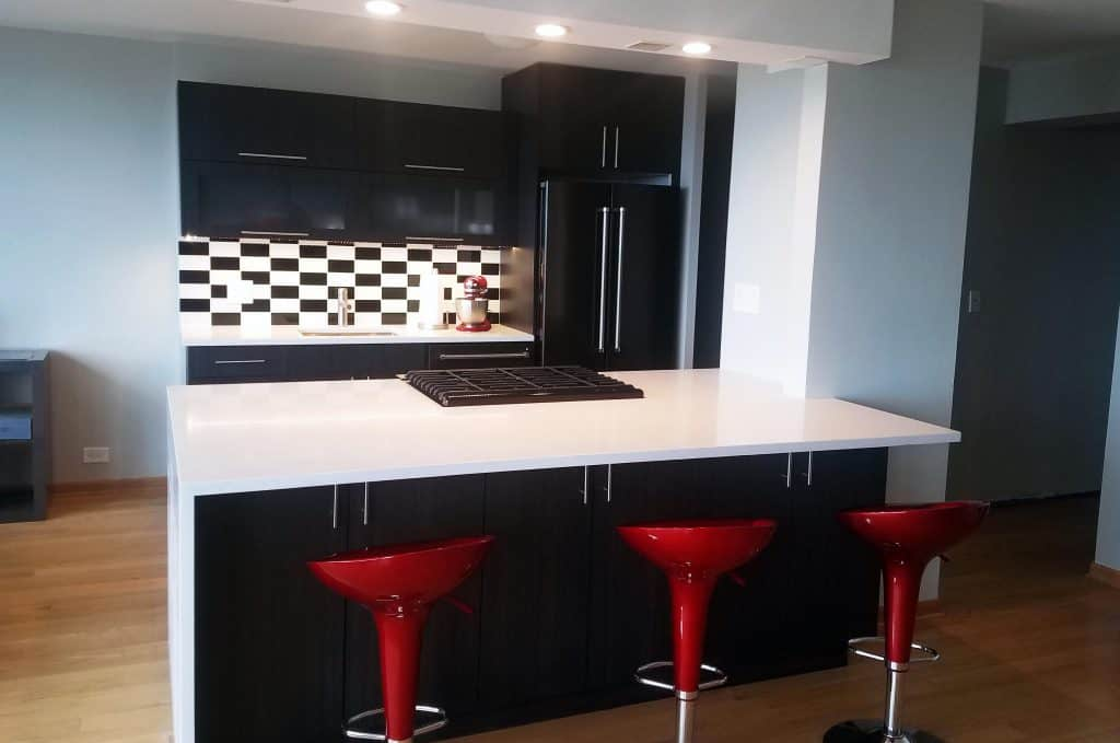 contemporary kitchen black and white backsplash tile