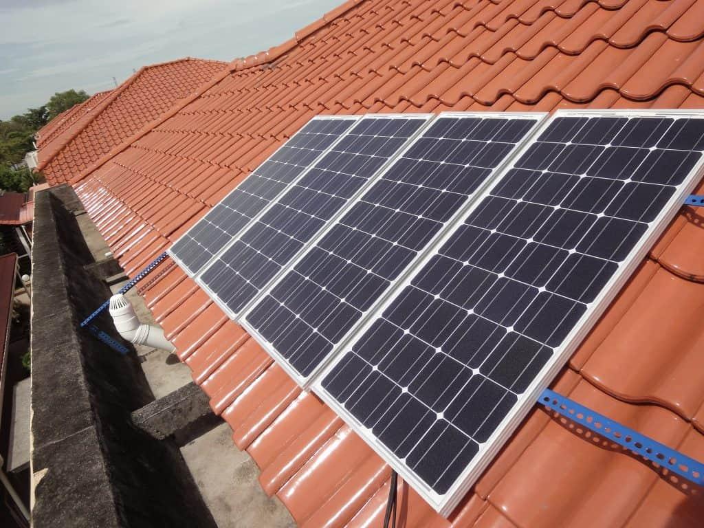 roof modern solar panels