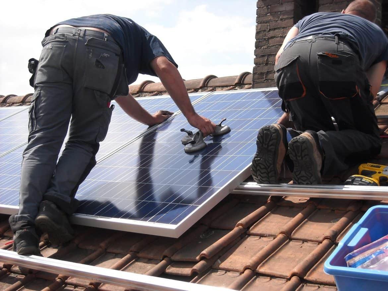 roof solar panel installation