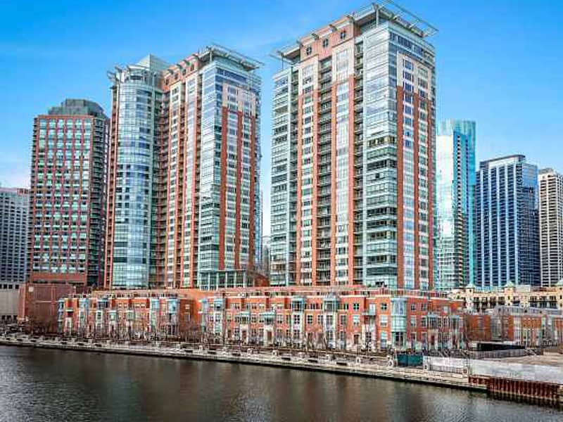 Riverview West Condominium Remodeling at 445 E North Water St in Streeterville