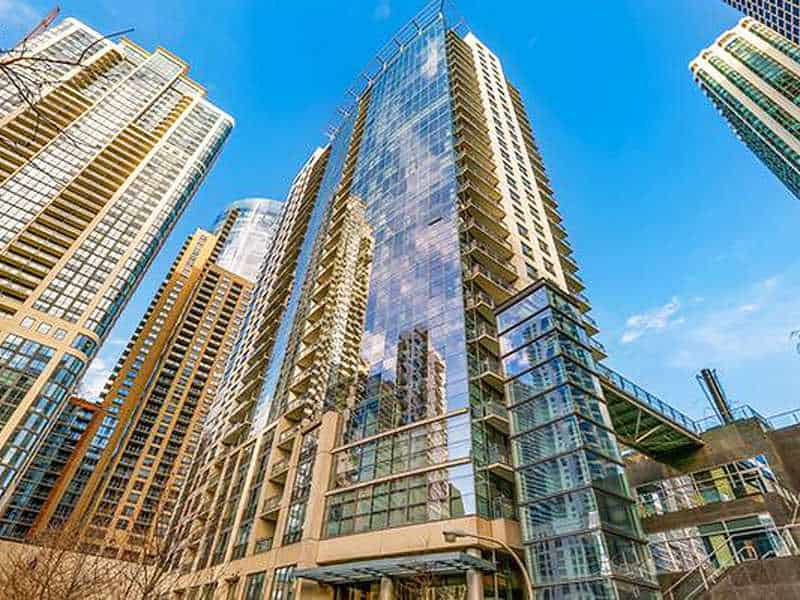 Lancaster Tower Condominium Remodeling at 201 N Westshore Dr in New East Side