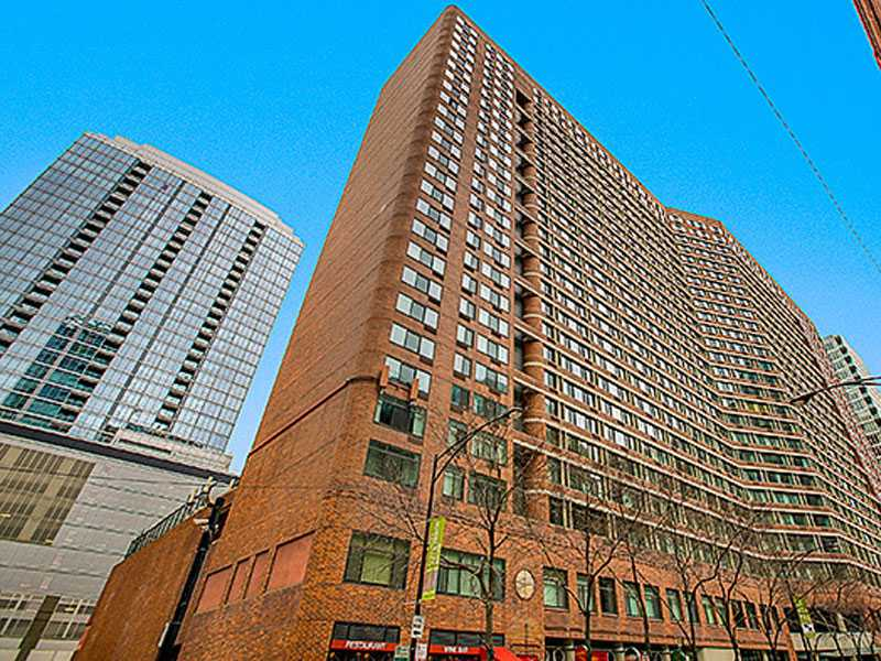 Grand Ohio Tower Condominium Remodeling at 211 E Ohio St in Streeterville