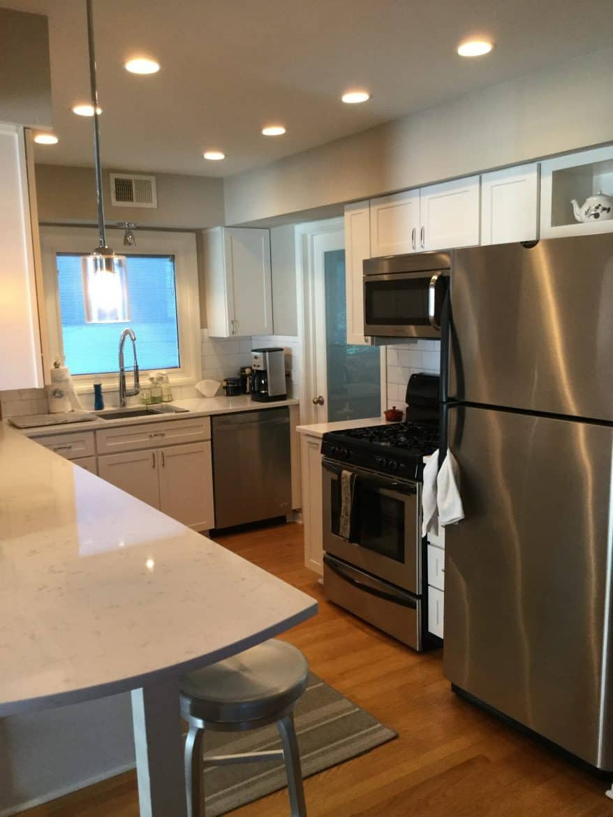 Wilmette Renovation Kitchen: 758 N LARRABEE ST, CHICAGO (River North