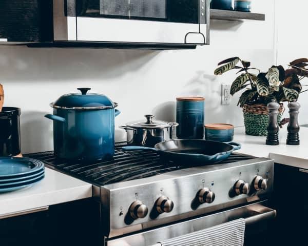 kitchen stove decor