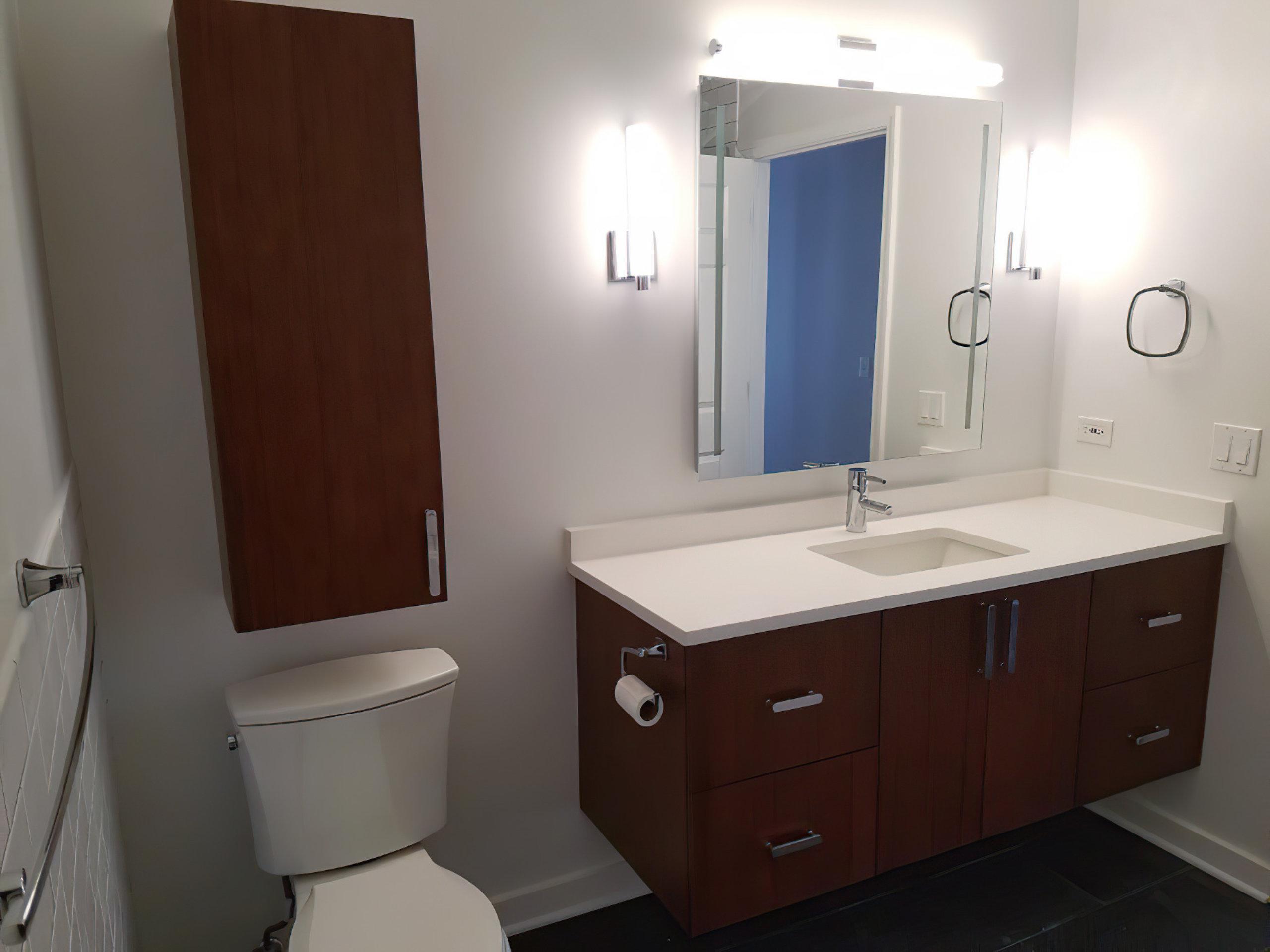 Chicago River North Modern Bathroom Remodel