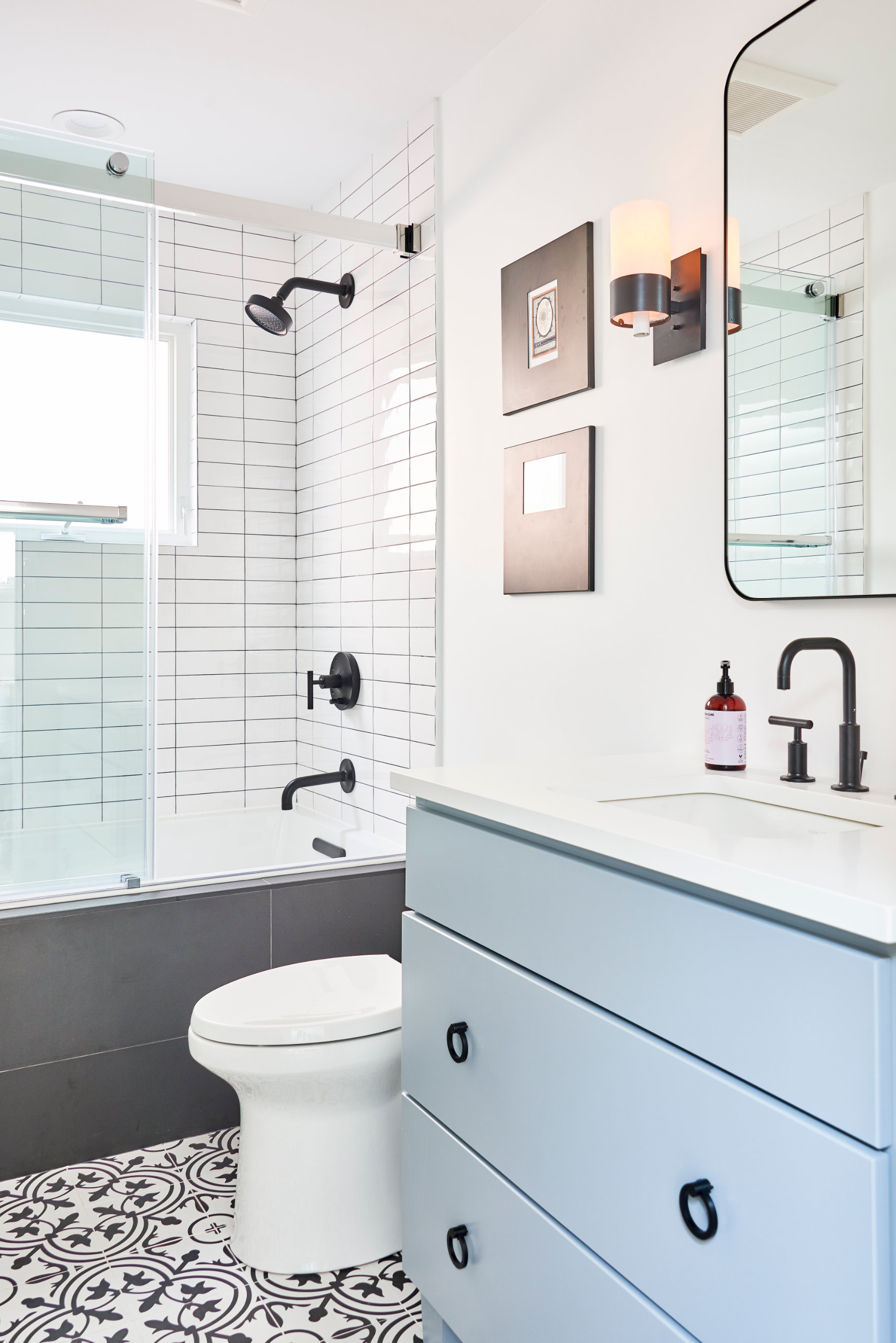 Chicago Lakeview Master Bathroom Remodel