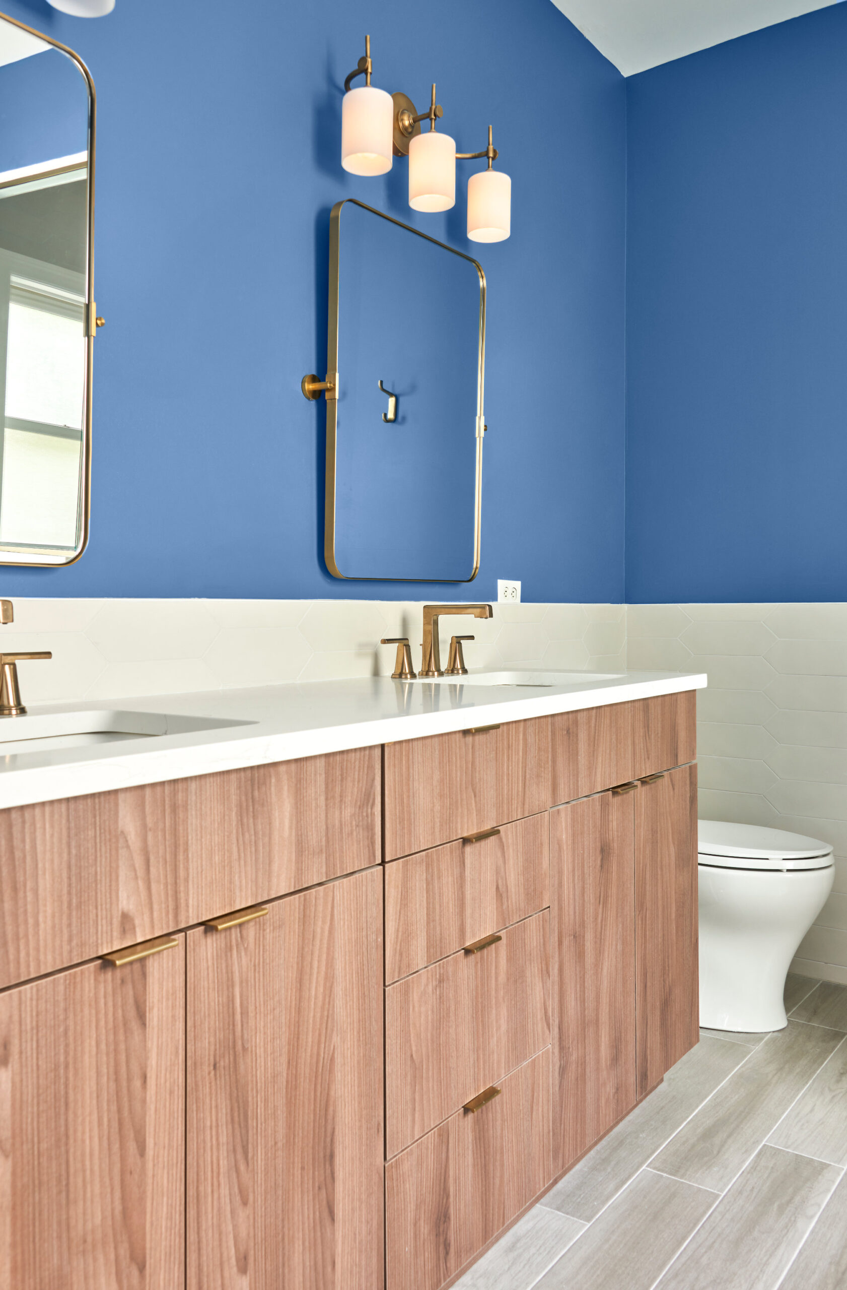 Chicago Lincoln Square Bathroom Remodeling