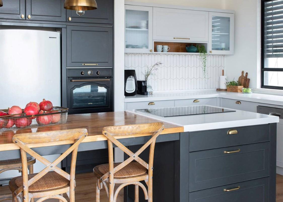lake view kitchen remodeling