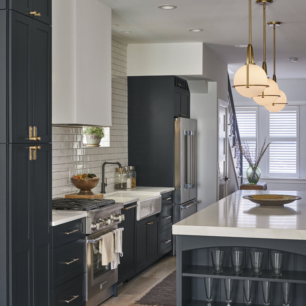 Chicago Lakeview Transitional Kitchen Remodel Gallery