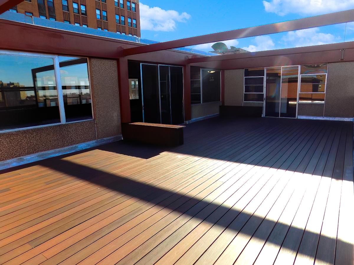 7270 South Shore rooftop deck